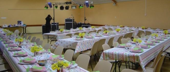 Salle polyvalente le val david - Comment disposer les tables pour un mariage ...